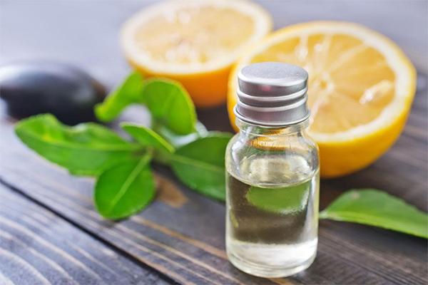 柠檬精油怎么擦脸最好