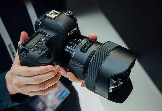佳能相机可以用适马镜头吗