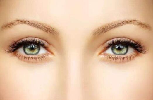 什么样的瞳孔算琥珀色