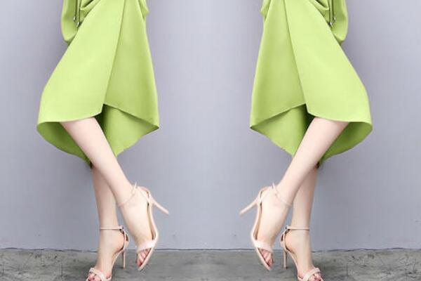 牛油果绿裙子配什么鞋子