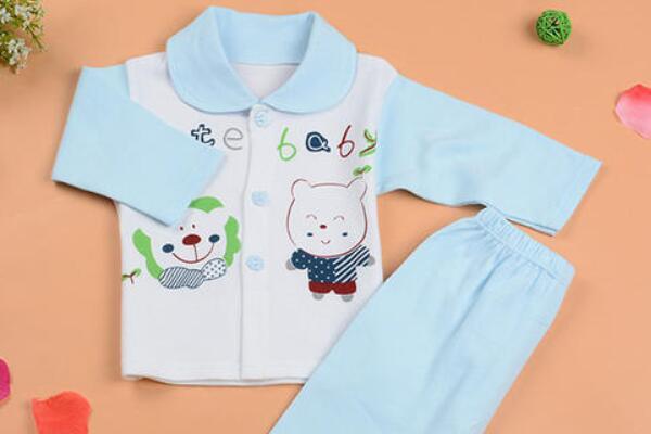 满月宝宝穿多大码衣服