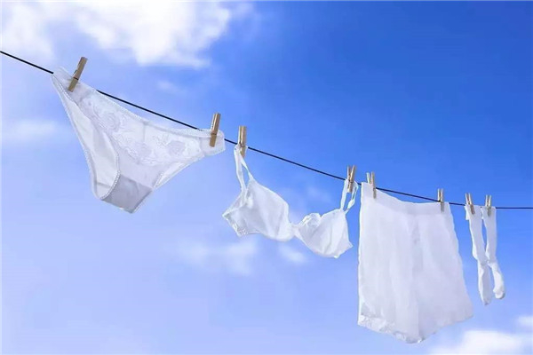内裤的血迹怎么洗干净