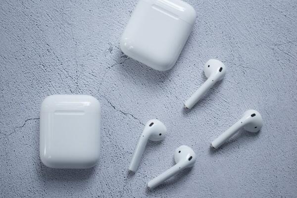 苹果Airpods蓝牙耳机防水吗