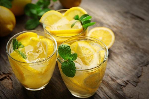 柠檬汁能去色斑吗