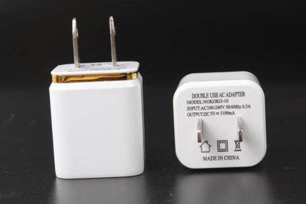 平板充电器可以充手机