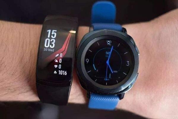 智能手表和智能手环的区别有哪些