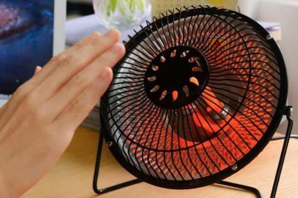 小太阳和空调哪个费电