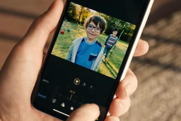 苹果xr拍照怎么虚化背景