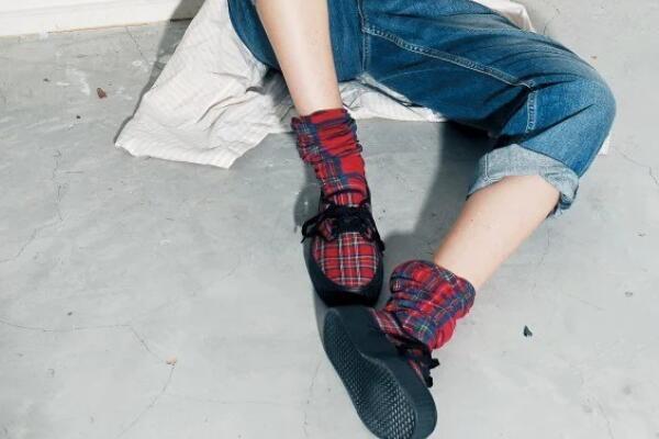 冬天怎么穿堆堆袜好看