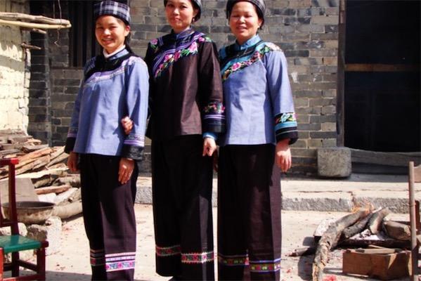 壮族的传统服饰特点有哪些